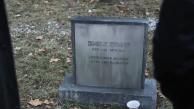 Absentia: teaser mostra o túmulo de Emily