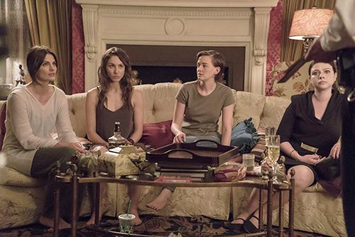 Stana Katic (Carolina), Troian Bellisario (Baltimore), Jess Weixler (Austin) e Michelle Trachtemberg () nos bastidores do filme
